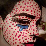 face painting vrouw met stippen